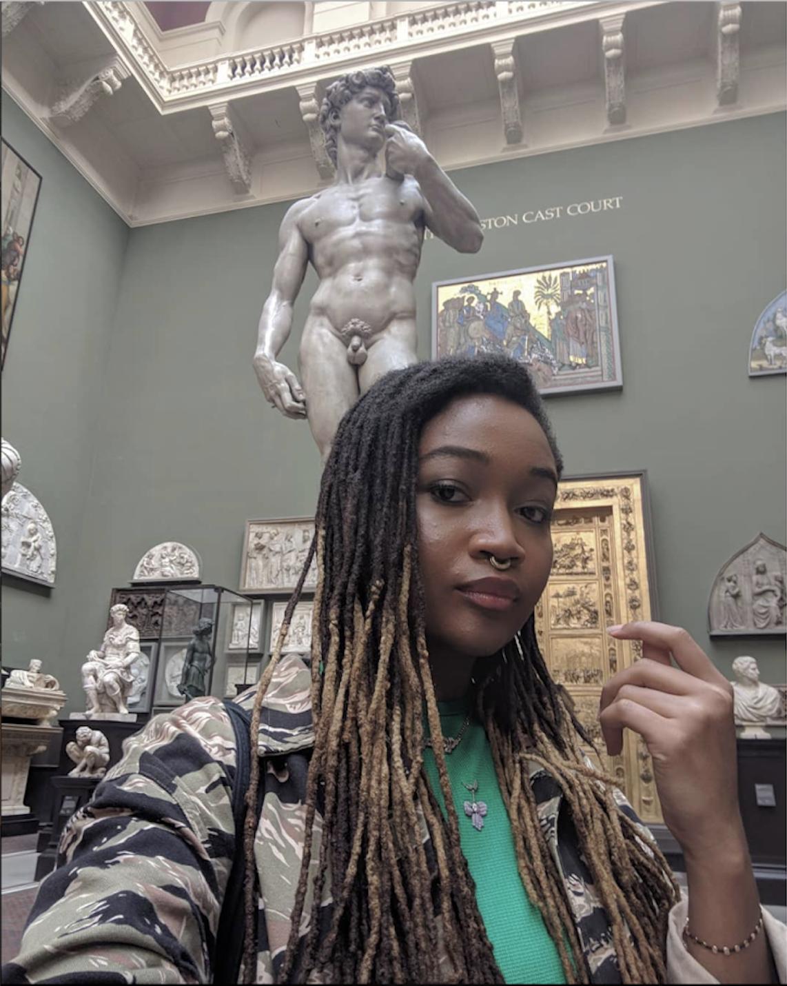 @museummammy in het Victoria and Albert Museum in Londen.