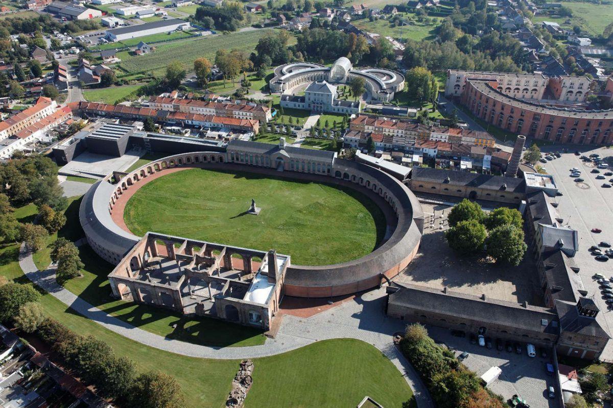 Globalview 2011 – luchtfoto Grand-Hornu - Terlinden